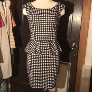 Soprano Houndstooth Dress NW-NWOT